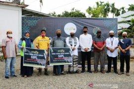 PT Mifa Bersaudara salurkan 12 ternak sapi dan 11 ternak kambing jelang Idul Adha 1441 H