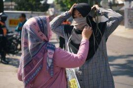 Gubernur Jabar tanda tangani pergub terkait denda tak pakai masker