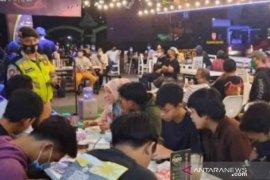 25 persen tempat usaha di Kota Bekasi langgar protokol kesehatan