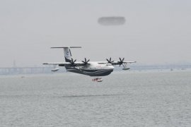 Jalankan misi, pesawat amfibi China mengudara dari lepas pantai