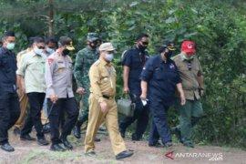 Gubernur Babel dampingi Menteri LHK tinjau mangrove Munjang