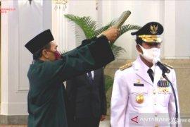 Gubernur Kepri Isdianto,  pertama di Indonesia bukan hasil pilkada