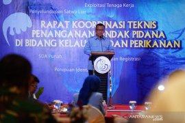 Edhy Prabowo menyatakan bahwa dirinya tidak memiliki bisnis perikanan