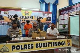 Dua pemuda Payakumbuh kecelakaan di Jalan Lintas Bukittinggi-Medan dan ketahuan bawa 11 kilogram ganja