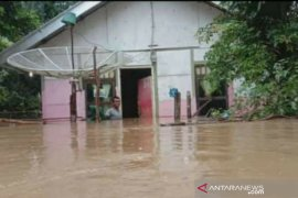 Floods inundate 1,119 homes in five sub-districts in Aceh Jaya