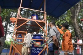 BPBD Kabupaten Gorontalo produksi hand sanitizer dari nira