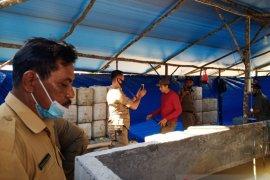 Bupati Belitung gerebek gudang penampungan minuman keras jenis arak