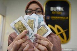 Turun, harga emas Antam hari ini Rp1.021.000/gram