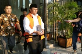 Mantan Bupati Indramayu Supendi dieksekusi ke Lapas Sukamiskin