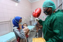 Kapolda Sumut beri tali asih kepada pasien operasi bibir sumbing