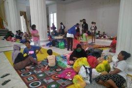 Ratusan warga Kota Gorontalo mengungsi karena banjir