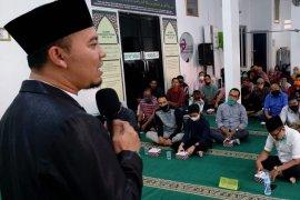Uniknya Masjid Kapal Munzalan mampu kelola puluhan lembaga amal