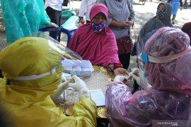 Puluhan pedagang Pasar Hewan Kota Batu jalani rapid test
