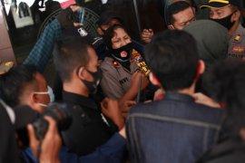 Puluhan mahasiswa Unair gelar aksi tuntut penurunan UKT