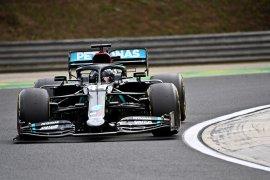 Hamilton incar kemenangan ketiga  musim ini di Silverstone