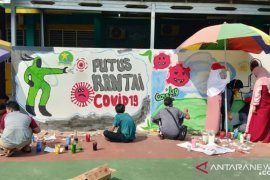 SMK Al Husna Kota  Tangerang gelar lomba mural tema COVID-19