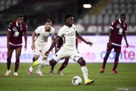 AS Roma-Napoli main di fase grup Liga Europa, Milan dari kualifikasi