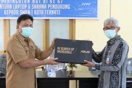 Bank Indonesia salurkan laptop ke SMK Negeri 1 Ternate