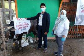 Huawei salurkan hewan kurban ke Masjid Kapal Munzalan