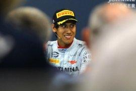 Pebalap Indonesia Sean Gelael terpuruk saat rekan satu timnya juara di Silverstone