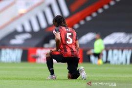 Tawaran Rp788 miliar Manchester  City untuk Nathan Ake diterima Bournemouth