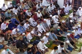 Umat Islam Pematangsiantar shalat Idul Adha di masjid