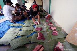 Pembungkus Daging Kurban Nonplastik
