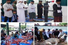 Sholat Idul Adha dan pembagian hewan kurban di Makodim 0211/TT berlangsung khidmat