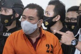 Buronan Kelas Kakap Djoko Tjandra ditangkap di Malaysia Page 3 Small