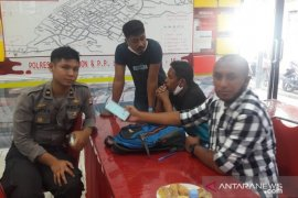 Polresta P. Ambon dan P.P. Lease tahan satu pelaku KDRT dan penganiaya anak
