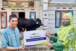 PT Penjaminan Jamkrindo Syariah, Konsisten Berbagi, Keluarga Besar JamSyar Salurkan Hewan Qurban