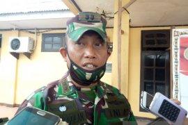 Longsor melanda Tembagapura Timika, personel TNI turun bantu warga