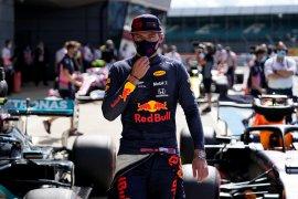 Pebalap Red Bull Verstappen optimistis meski Mercedes terlampau kencang di Silverstone