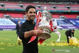 Arteta antar Arsenal juara FA