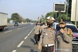 Momen Idul Adha dimanfaatkan warga hingga terjadi peningkatan arus kendaraan