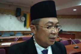 DPRD Riau minta anggaran beasiswa tak digeser untuk tangani COVID-19