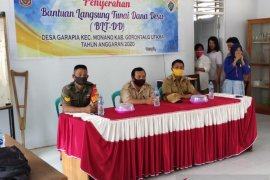 Garapia desa pertama salurkan BLT-DD tahap empat di Gorontalo Utara