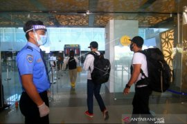 Kalbar tolak penerbangan Surabaya-Pontianak