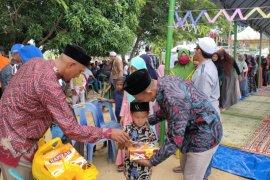 Seribuan anak yatim di Aceh Timur disantuni saat kenduri Laot