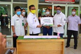 Adaro Group serahkan bantuan tiga ventilator ke   RSUD Balangan