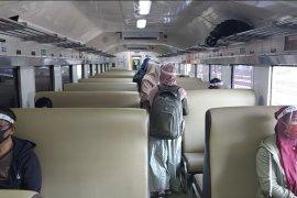 Penumpang kereta di Daop Madiun cukup bayar tiket 75 persen