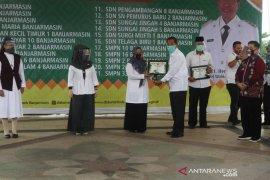 21 Sekolah di Banjarmasin Terima Penghargaan Adiwiyata