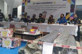 Bea Cukai Riau klaim sita Rp331 miliar barang ilegal