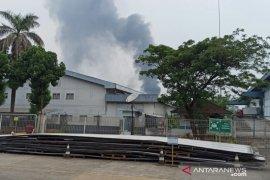 Polisi selidiki penyebab kebakaran pabrik di Sentul Bogor