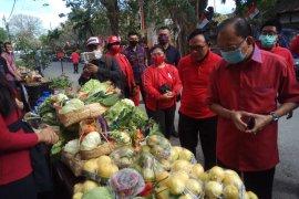 PDI Perjuangan gelar Pasar Gotong-Royong Krama Bali