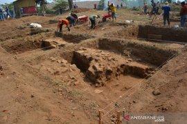 Ekskavasi situs kumiter Mojokerto