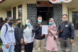 Puluhan warga Cianjur laporkan pengembang perumahan bodong