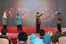 Pemprov Jatim bagikan 26 juta masker kepada warga