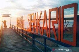 Pantai Sipakario Penajam sepi pengunjung