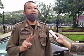 Satpol PP Kota Bandung tegur ratusan warga tak bermasker